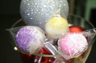 NEHS cakepops 015